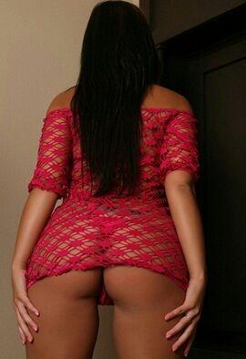 Seksi saksocu kadın Hüsniye